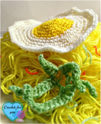 Crochet Ripped Noodles / crochet food